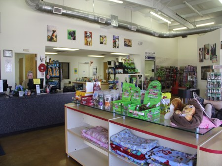 Image of Bluebonnet Bunk'n Biscuit which provides dog boarding in or near Schertz, TX